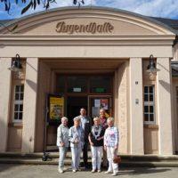 Vorstand u. Bürger besichtigen Jugendhalle 2018